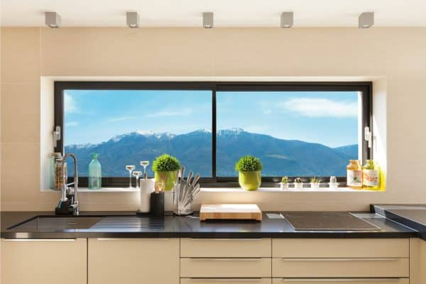 15 Eye-Catching Kitchen Window Treatment Ideas
