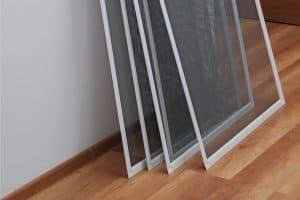How Wide Is A Screen Door