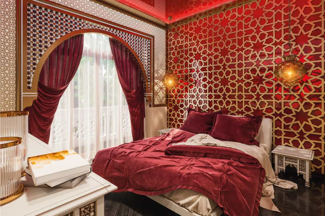 Sensual slumber room in a traditional Islamic style