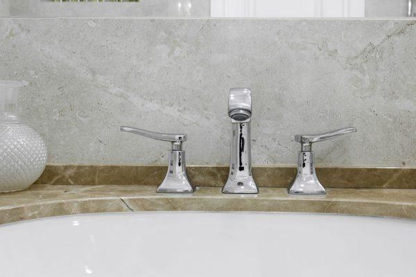 How To Clean Brushed Nickel Bathroom Fixture [5 Steps]