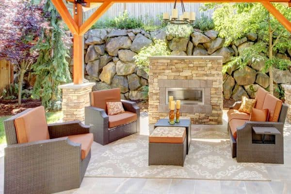 Should Outdoor Furniture Match?