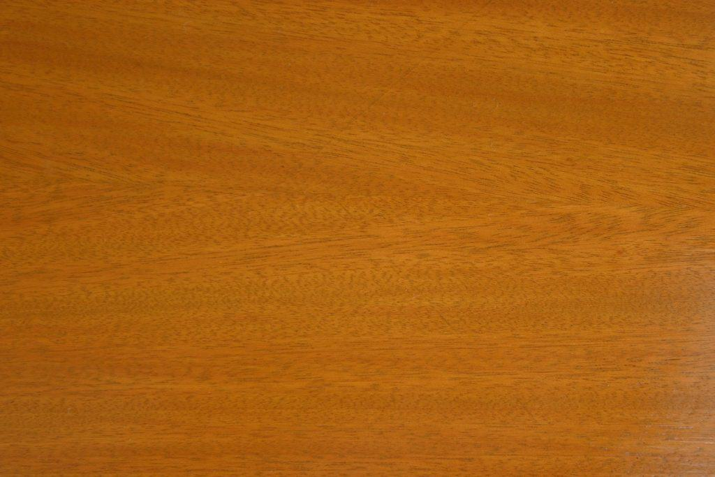 An up close and detailed photo of Honey Maple wood texture
