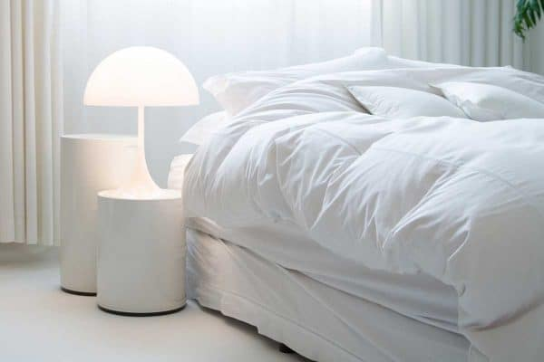 What Color Sheets Go With A White Comforter?