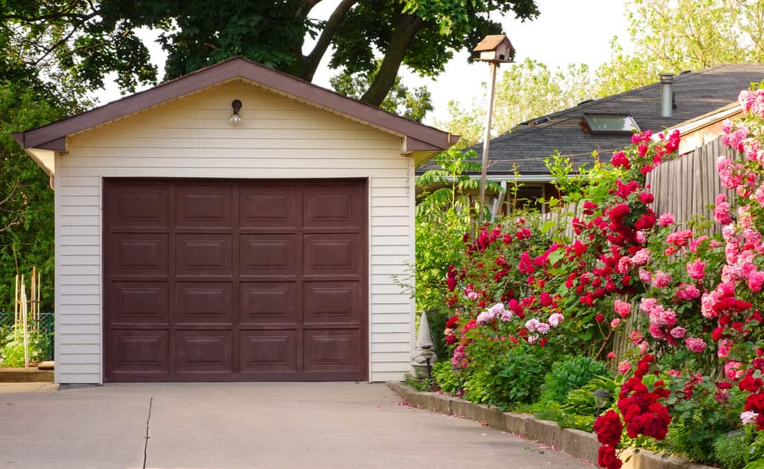 Detached garage and its driveway