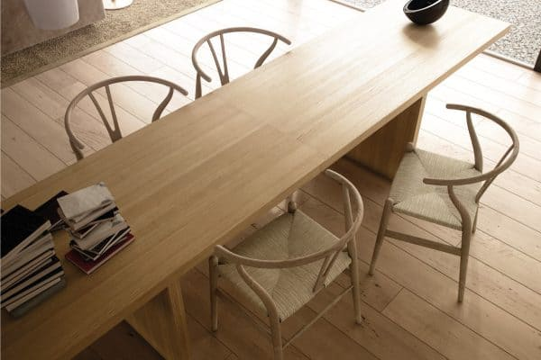 What Color Chairs Go With An Oak Table? [7 Great Options]