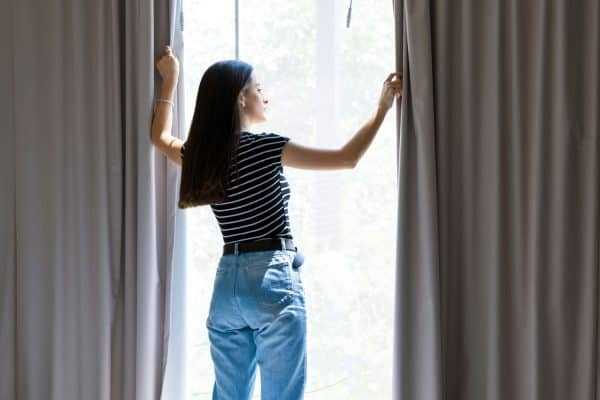 How Long Should Curtains Be For A 9 Foot Ceiling?