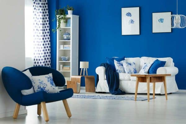 Read more about the article 9 Sofa Colors That Go With Blue Chairs