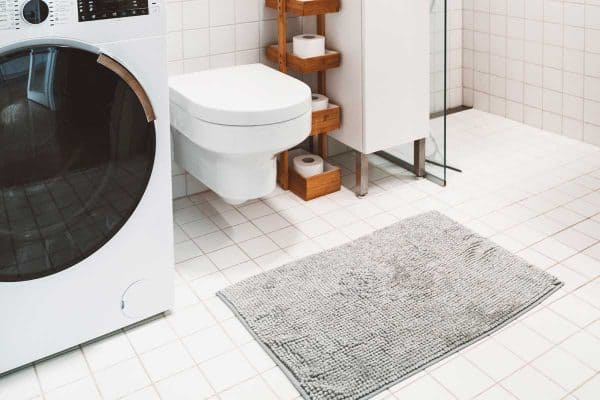 13 Awesome Bathroom Rug Ideas