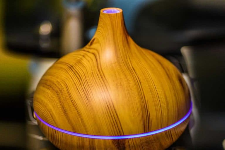 Wooden finish electric vaporiser or aromatherapy diffuser, What Are The Best Wood Oil Diffusers? [A Complete Guide]