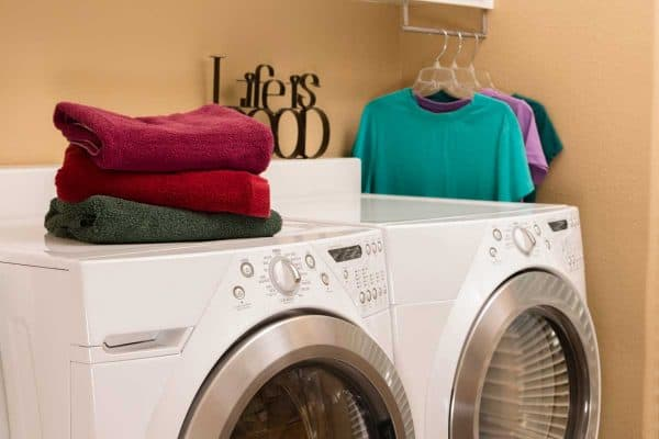 7 Great Laundry Room Hanging Ideas