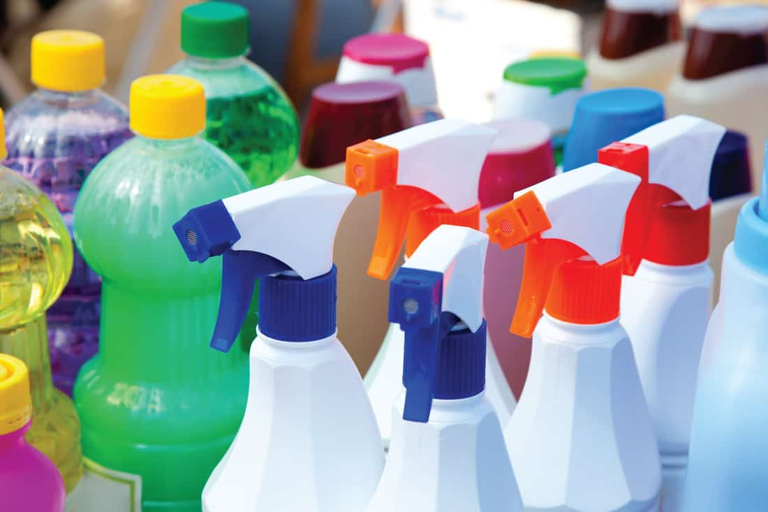 Chemical products for cleaning chores in spray bottles