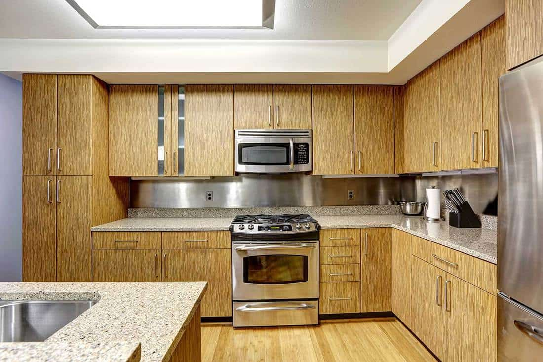 Kitchen interior with steel backsplash trim