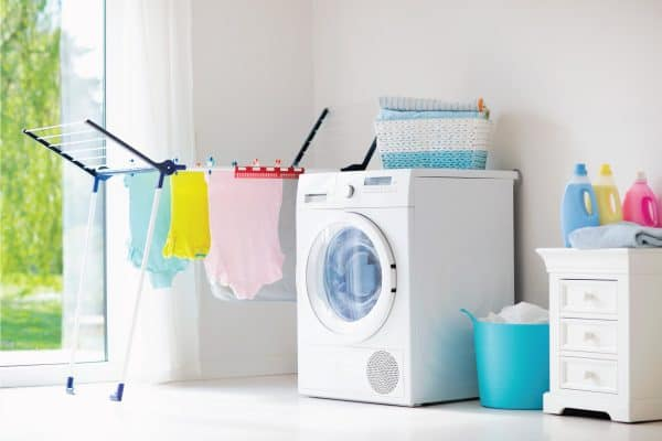 Read more about the article 15 Wonderful White Laundry Room Ideas