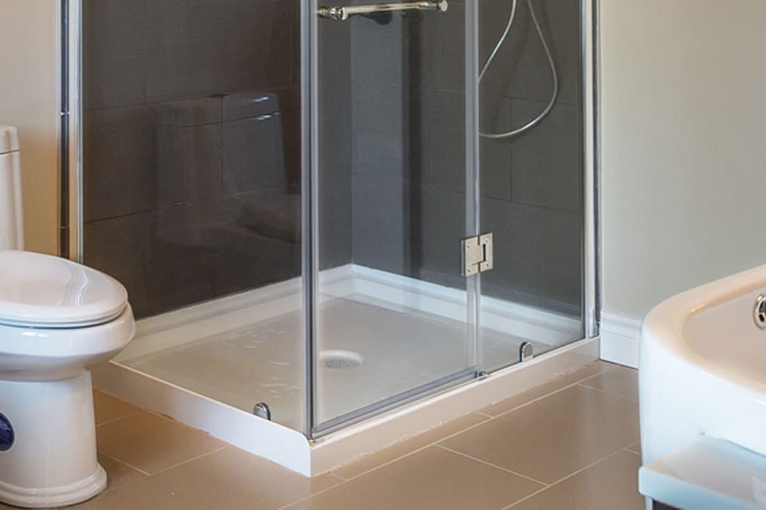 Large sized bathroom with acrylic shower base, 6 Simple Steps To Clean An Acrylic Shower Base