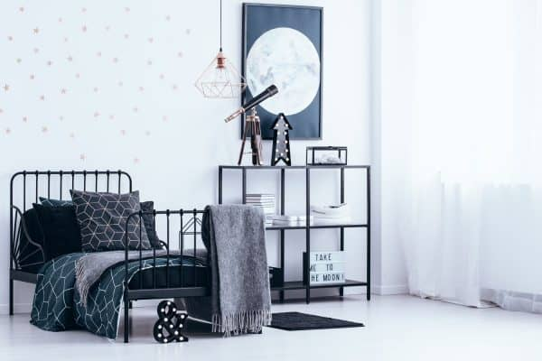 Read more about the article What Furniture Goes With A Metal Bed?
