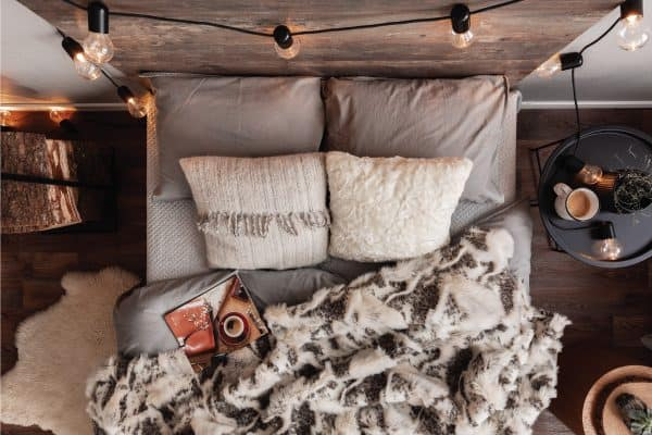 15 Rustic Bedroom Ideas On A Budget
