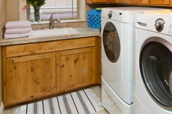10 Best Rugs For Your Laundry Room