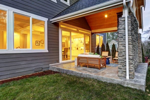 Read more about the article 15 Back Porch Ideas You Should See!