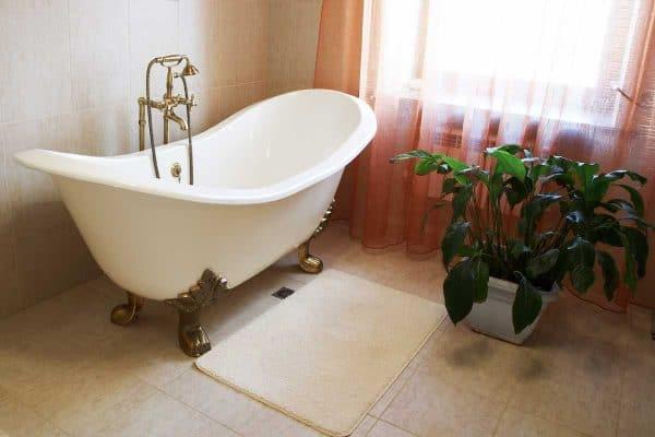 11 Farmhouse Bathroom Floor Ideas You'll Love