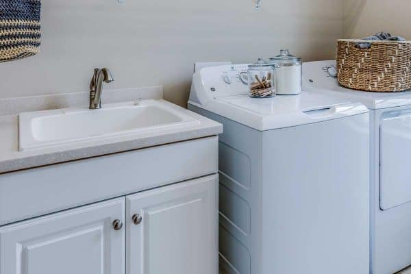 How Big Should A Laundry Room Sink Be?