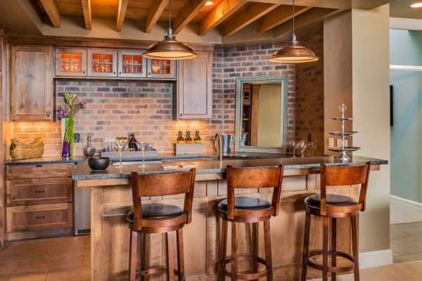 Read more about the article 8 Backsplash Alternatives To Check Out