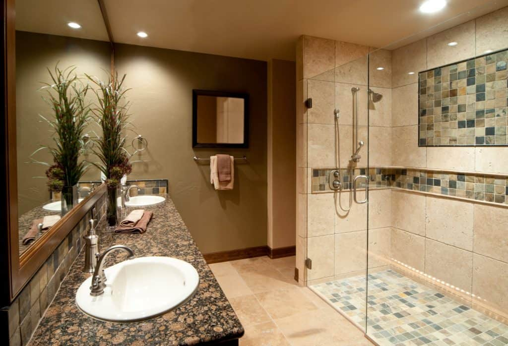 Luxurious bathroom with two sinks