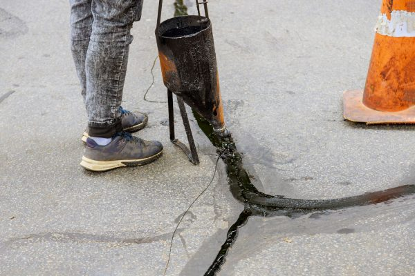 Read more about the article How Much Driveway Sealer Do I Need?