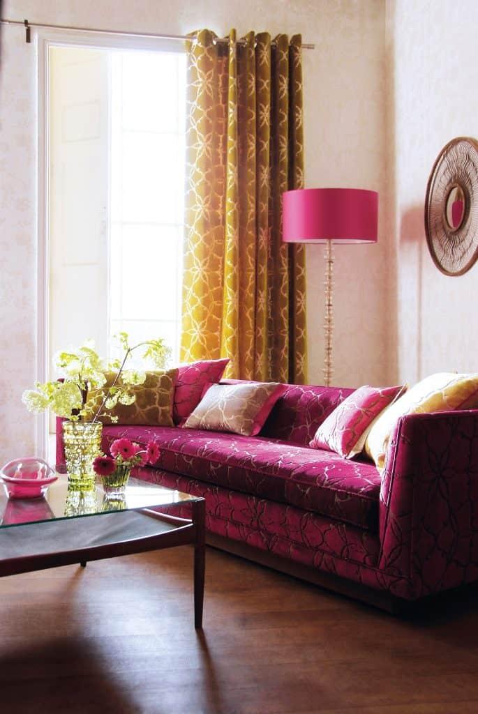 https://www.istockphoto.com/photo/interior-of-sofa-in-living-room-gm639372062-115188459