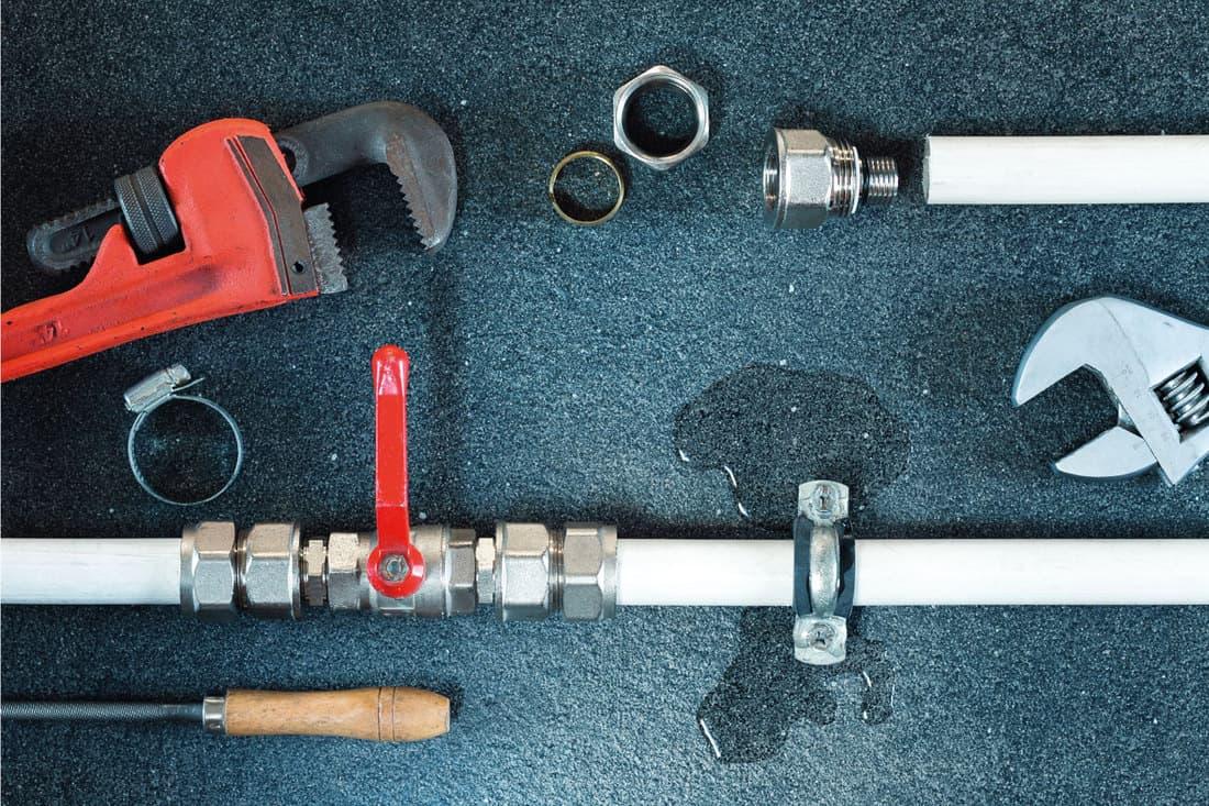 Water leak on a water pipe. Repair plumbing