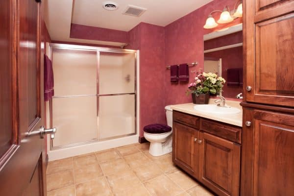 Read more about the article How Big Should A Basement Bathroom Be?