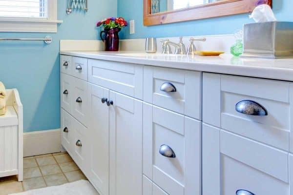 How To Paint Laminate Bathroom CabinetsIn 8 Simple Steps