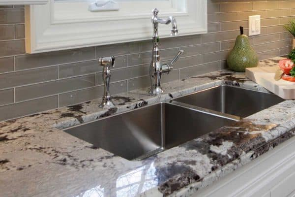 Read more about the article Should The Backsplash Be Darker Than The Countertop?