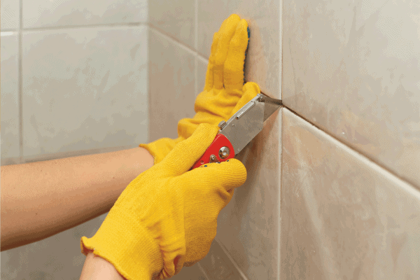 Read more about the article How To Remove Grout From Bathroom Tiles In 5 Easy Steps