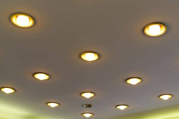 Read more about the article Can Recessed Lighting Be Dimmable?