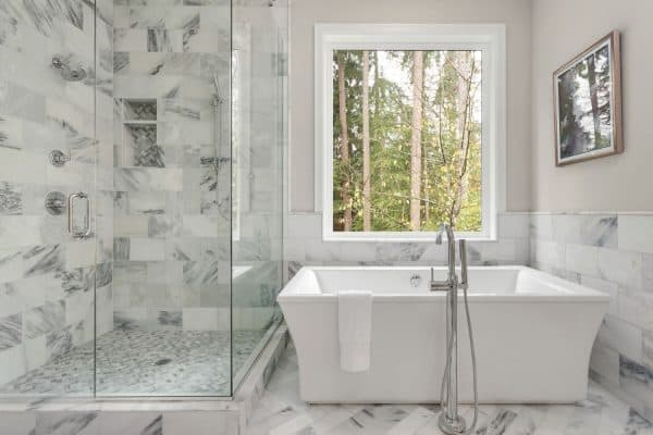 Read more about the article How To Fix A Slow Draining Bathtub [6 Different Methods]