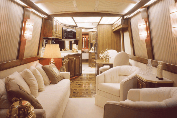 Read more about the article 17 Awesome RV Decorating Ideas