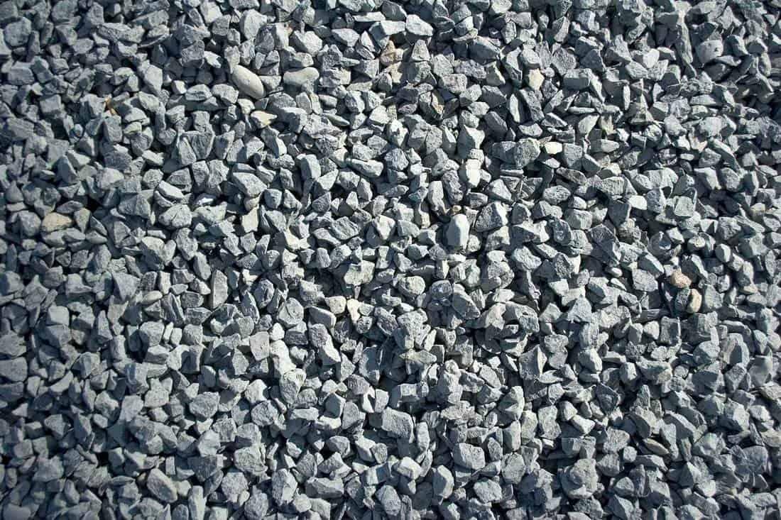Frame full of gravel stone