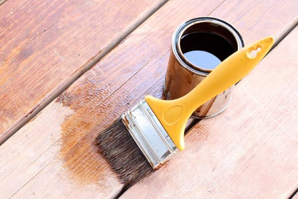 Read more about the article Oil Based Vs Water Based Stain For Various Uses