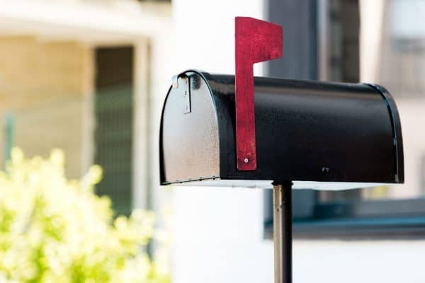 Read more about the article How To Install A Mailbox On An Existing Post