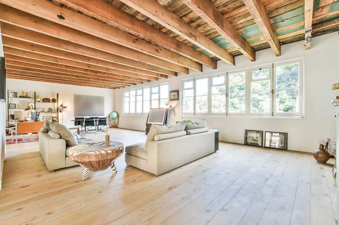 Spacious open studio house with wooden ceiling