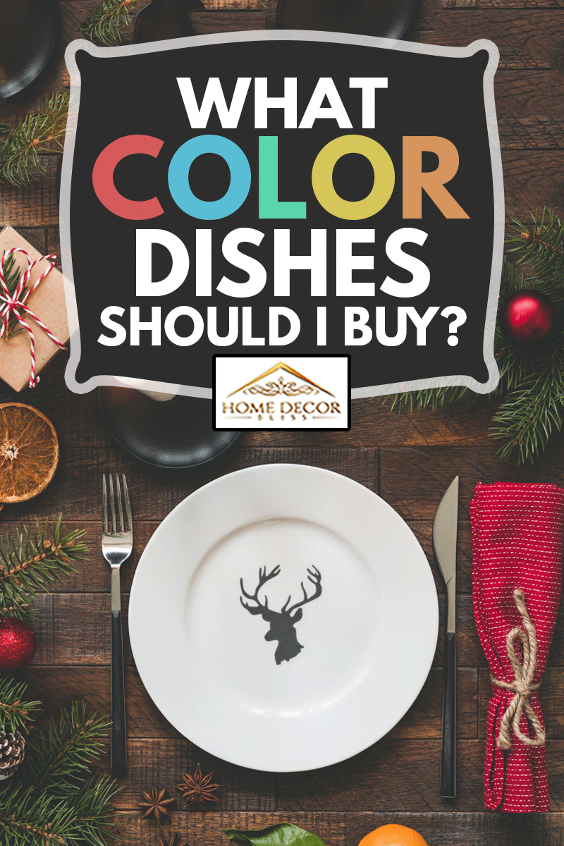 Christmas Table Setting Vintage Or Rustic Style With Candles, Wooden table, Empty Plate And Tangerines, What Color Dishes Should I Buy?
