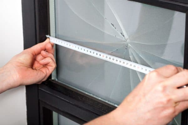 Read more about the article How To Fix A Cracked Window On Your House