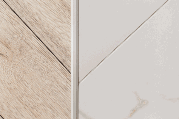 Read more about the article How To Remove The Metal Transition Strip From Tile
