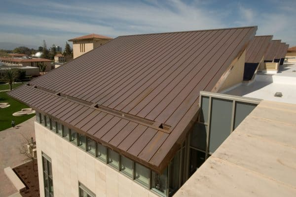 Read more about the article What Color House Goes With A Metal Roof?