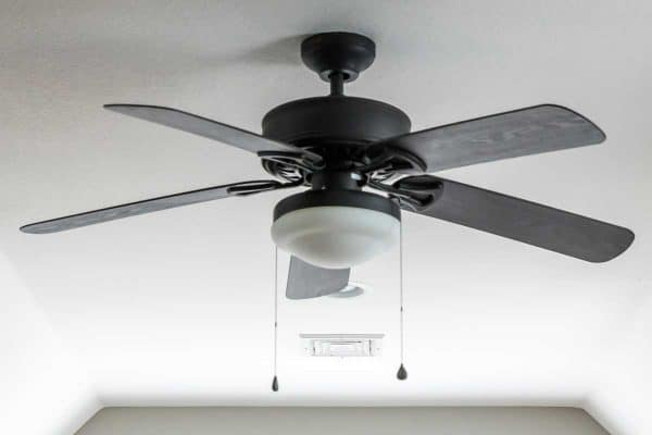 Read more about the article 5 Ceiling Fan Alternatives You Should Know