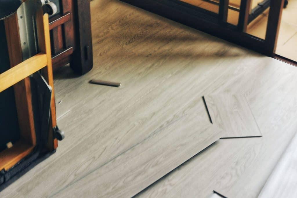 Installing vinyl plank flooring in the living room