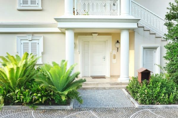 Read more about the article How Far From A Door Should A Porch Light Be?